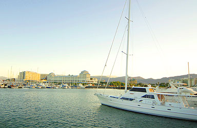Cairns Hotels - Great Barrier Reef